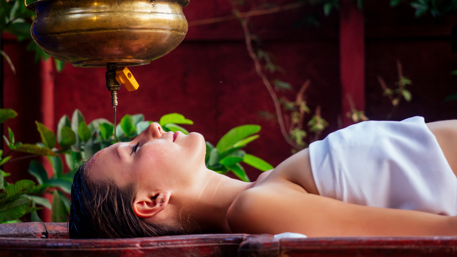 Ayurveda massage and alternative healing therapy especially good for Vata Dosha constitution