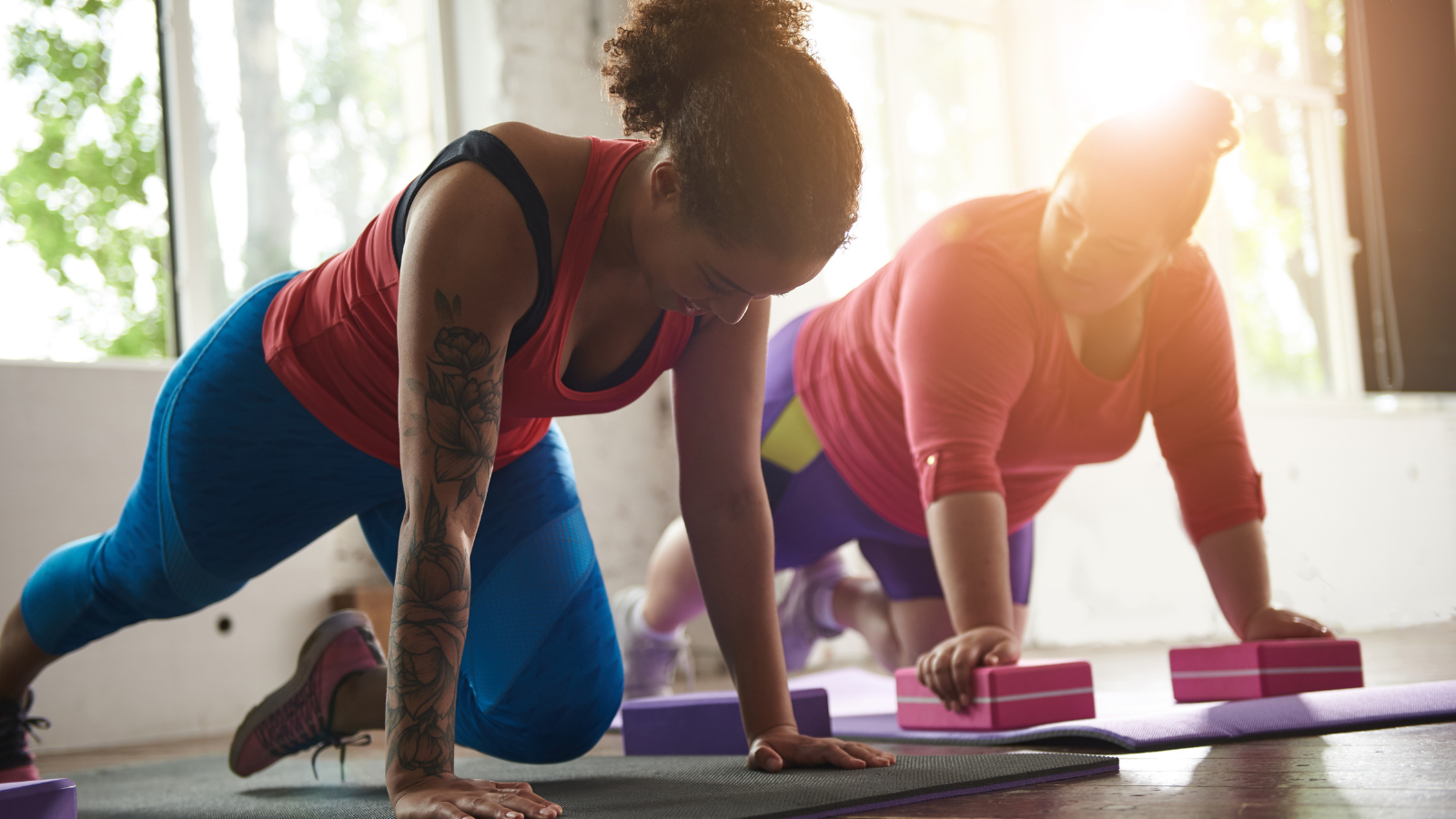 Beginner yoga tips to deepen your body-positive yoga practice with mindfulness techniques