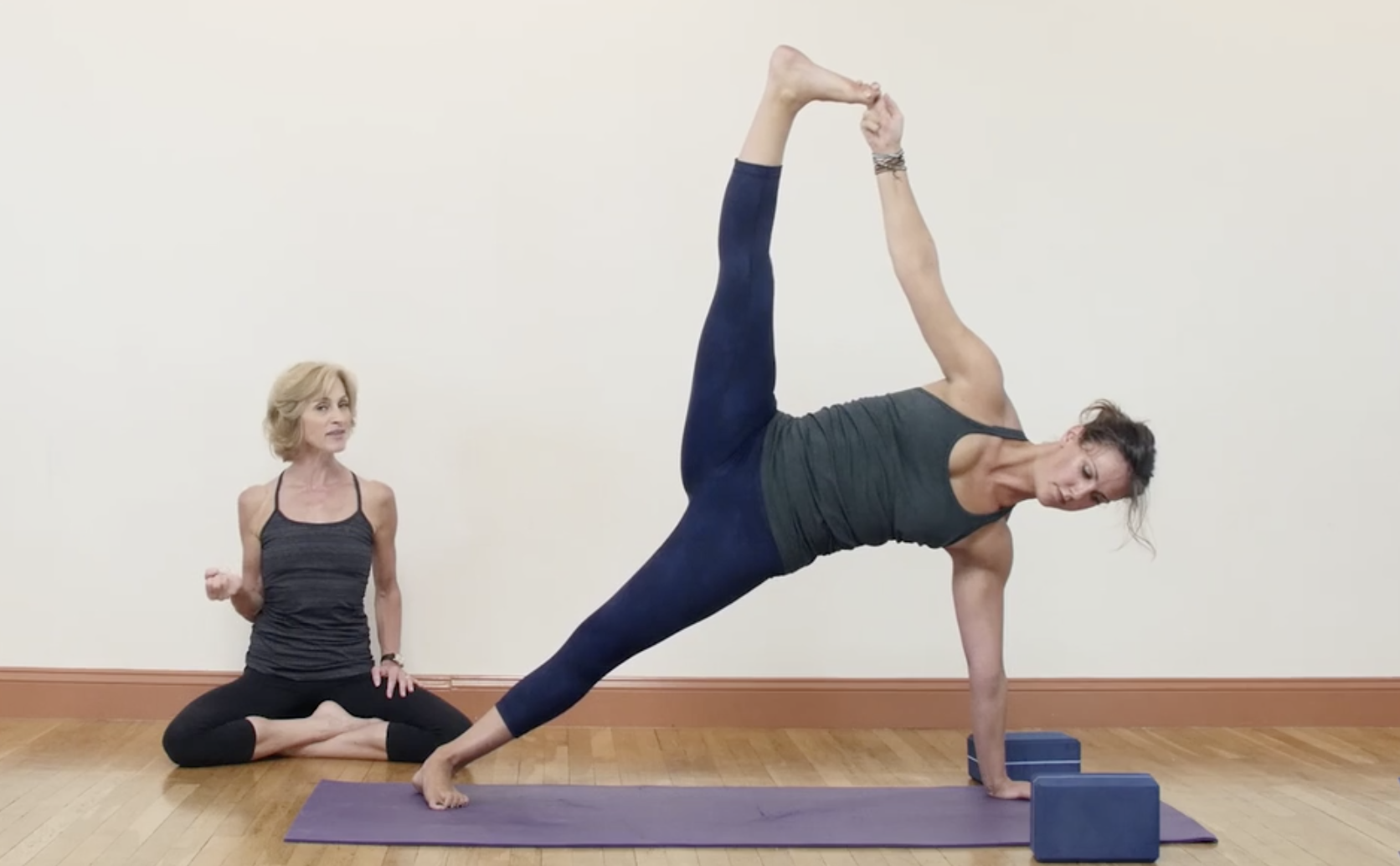 Yoga for Strength Building - Vasisthasana and Bakasana