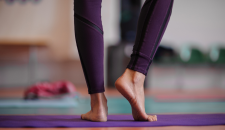 comfortable feet on yoga mat