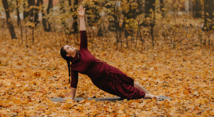 Woman practicing yoga for depression in Side Plank Pose (Vasisthasana)