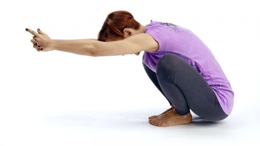 Yoga pose primer malasana strengthen your pelvic for Pelvic floor yoga