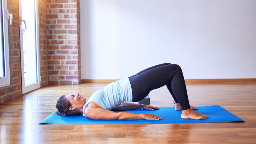 Yoga Anatomy Engaging Your Glutes In Backbends Yogauonline